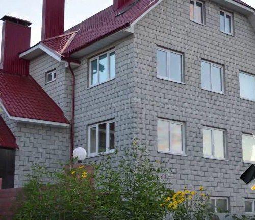 Постройка большого дома из теплоблока