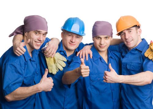 "Строители из компании - ""Ремонт квартир Владивосток"""