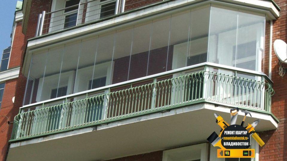 Услуга остекление балконов во Владивостоке