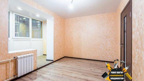 """Оклейка стен обоями от компании - """"Ремонт квартир Владивосток"""""""